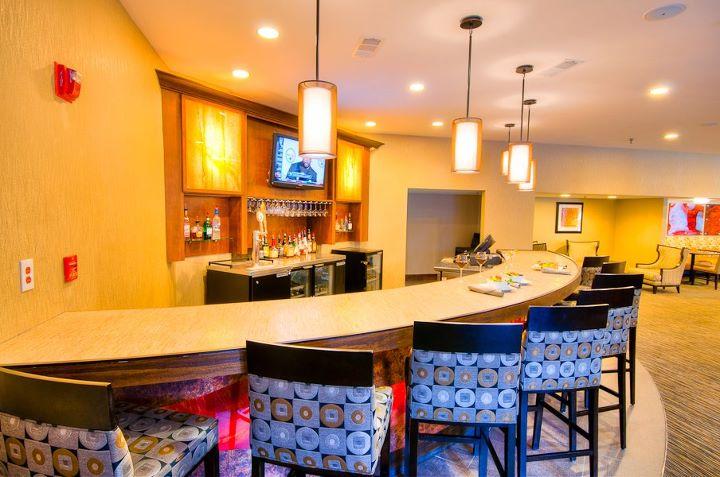 Double Tree Hotel Bar